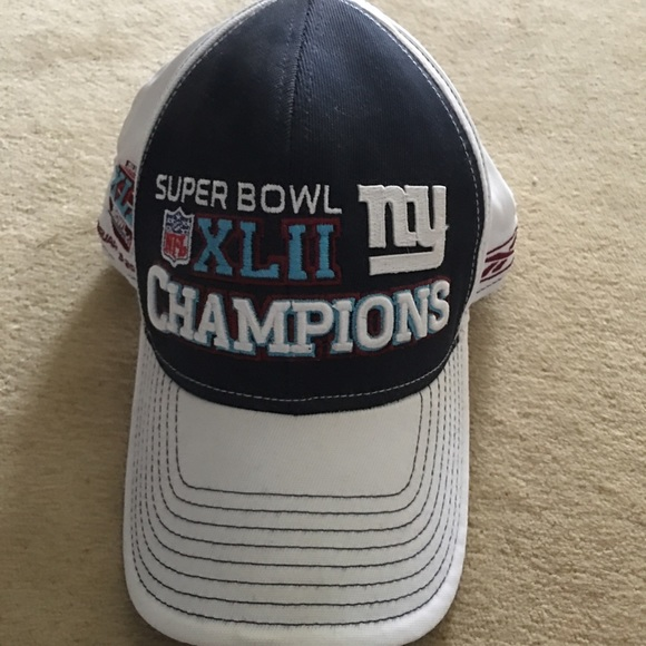 533a8d74d9e New York Giants Super Bowl 42 Champions hat. M 5b7a037d5fef374226efa34d